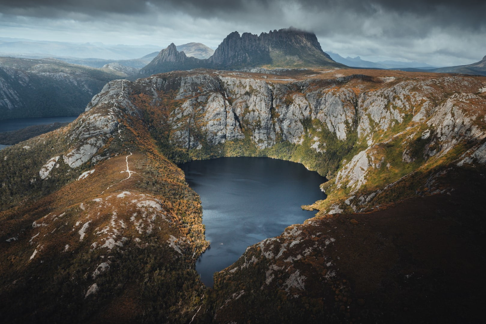 Crater Lake, Cradle Mountain