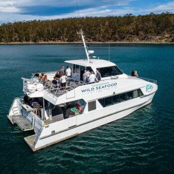 https://toursaroundtasmania.com.au/wp-content/uploads/2021/09/Anchored-Tas-Wild-Seafood-e1631512385745-350x350.jpg
